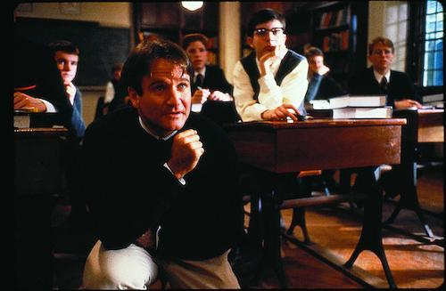 still-of-robin-williams-in-dead-poets-society-(1989)-large-picture