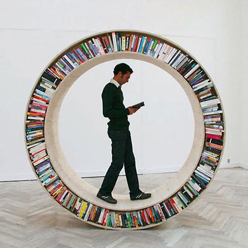 circular-walking-bookshelf2