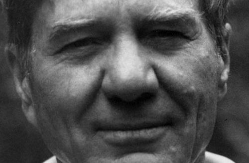 galaway kinnell essays Essays crying crying : crying only a little bit is no use you must cry galway kinnell the word poetry originates from a greek word meaning to make.