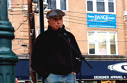 Daniel Berrigan at the Third Annual Staten Island Freedom & Peace Festival, October 28th, 2006. Photo by Clara Sherley-Appel.