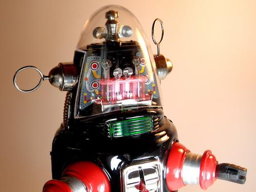 Osaka Tin Toy Institute – The Tin Age Collection – Mechanized Robot – Robby the Robot – Close Up