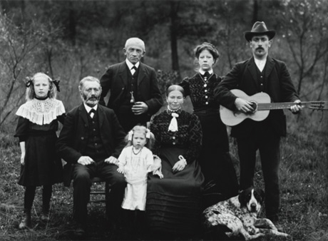 'Farming Family, 1912,' by August Sander