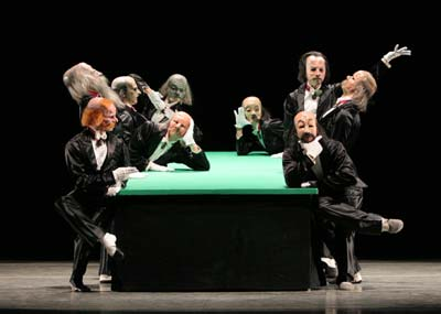 the green table kurt jooss The green table topic the green table is a ballet by the german choreographer kurt jooss and his most popular work, depicting the futility of peace negotiations of the 1930s.